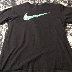 Nike black&green athletic t-shirt